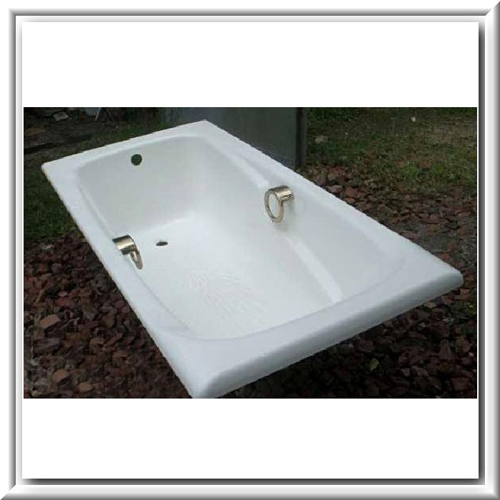Чугунные ванны Roca.